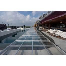 泳池有机玻璃舞台